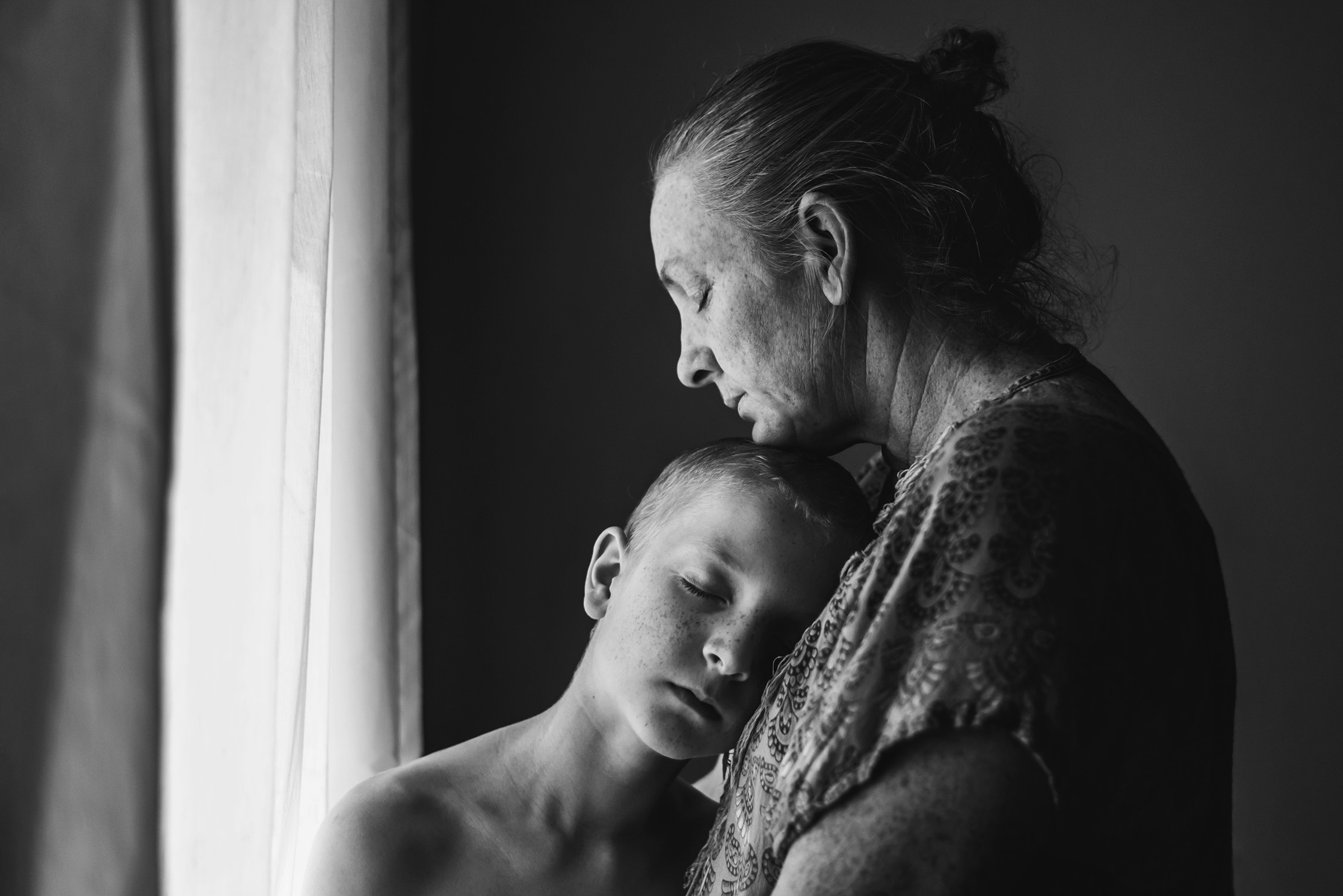 Mother and son by Brisbane photographer Katy Bindels