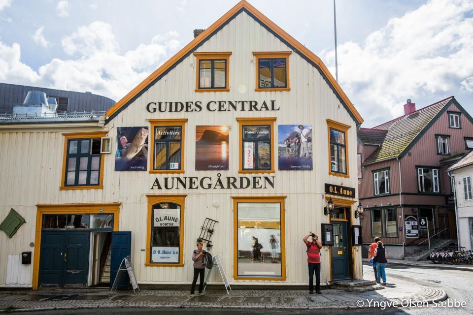 Guides Central.jpg