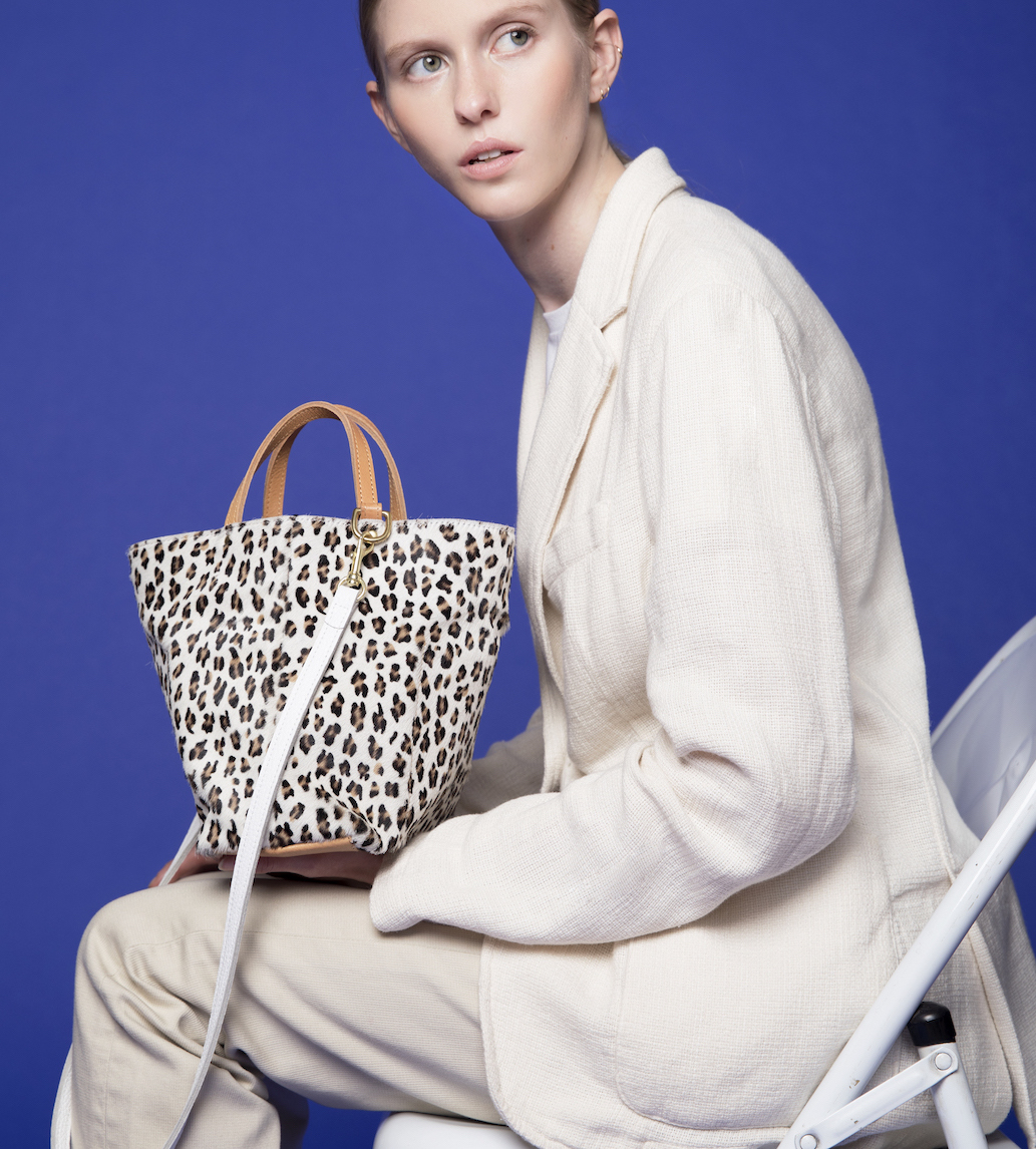 SMALL SIDE HANDLE TOTE -