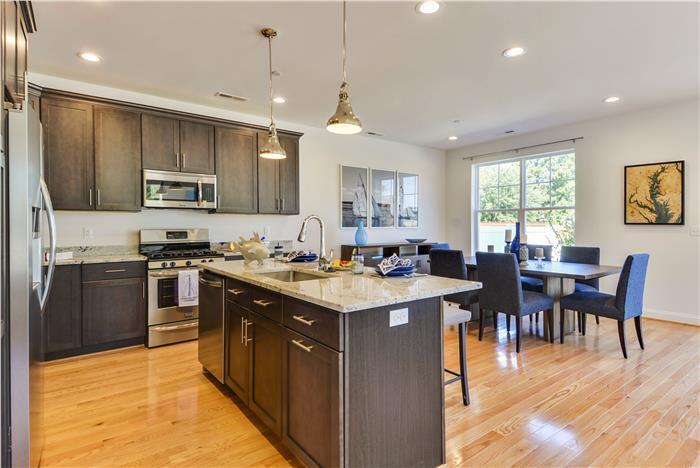 Main-Level-Kitchen-_DSC8715.jpg