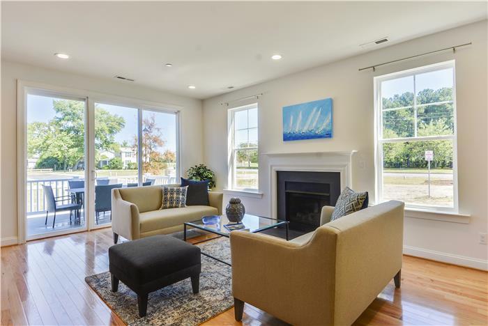 Main-Level-Living-Room-_DSC8748.jpg