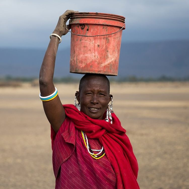 Kakesu Maasai village of Baraka, Tanzania    The Maasai are a semi-nomadic people that live in southern Kenya and northern Tanzania. They still continue their age old customs despite pressure to become modernized.     #bigcatsplayball    (at Tanzania)