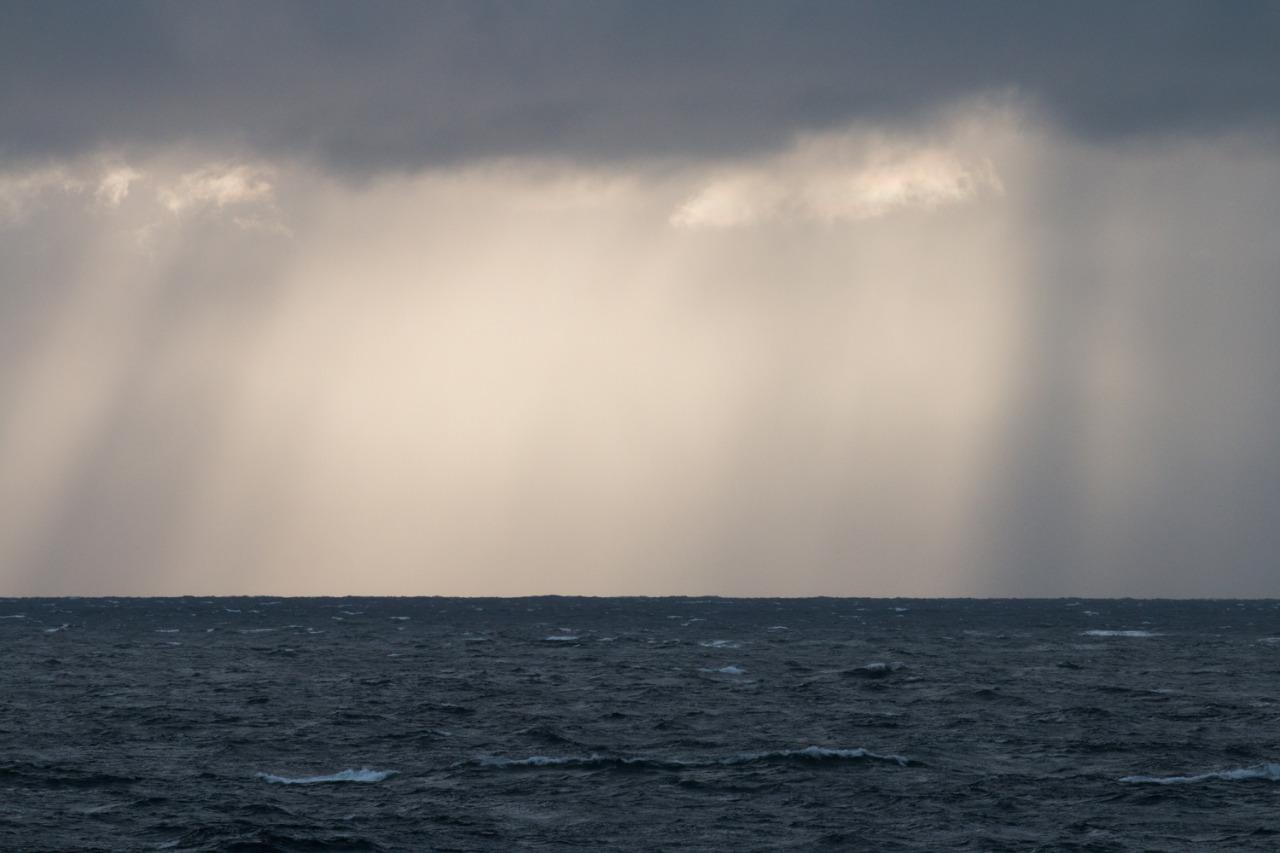 Golden Antarctic Light     #antarcticaordie (at Antarctica)