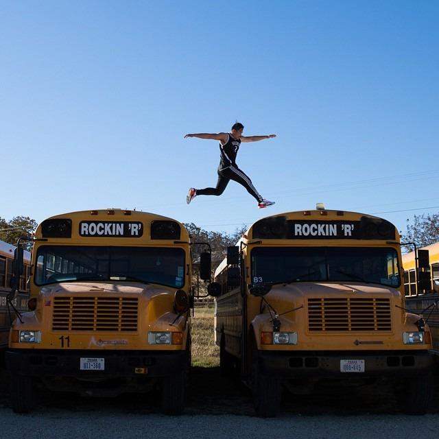 Hop on the magic school bus   Photo by @rurrnandez   #reubenonthings (at Austin, Texas)