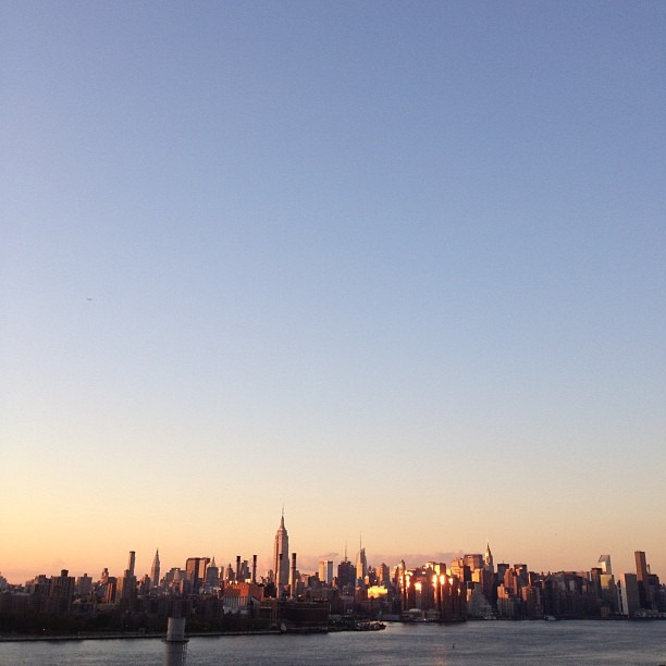 My favorite time of the day #magichour (at New York City)