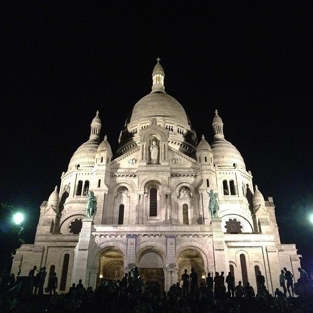 Je suis heureux! #sacrecoeur #paris #nofilter (at Basilique du Sacré-Cœur)