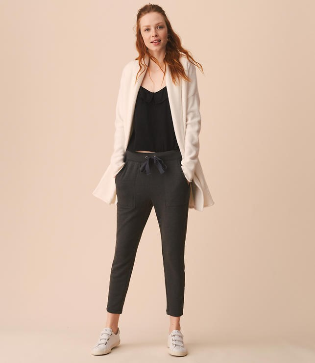 I have absolutely fallen in love with Loft's Lou & Grey brand!!! These Zen Bounce Upstate Sweatpants are a pair that I recently ordered online in Dolphin Grey Heather. They are SOOOO COMFY!