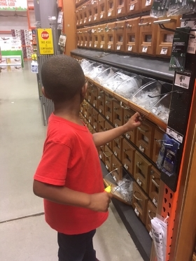 My little helper is ready...So much hardware to choose from!