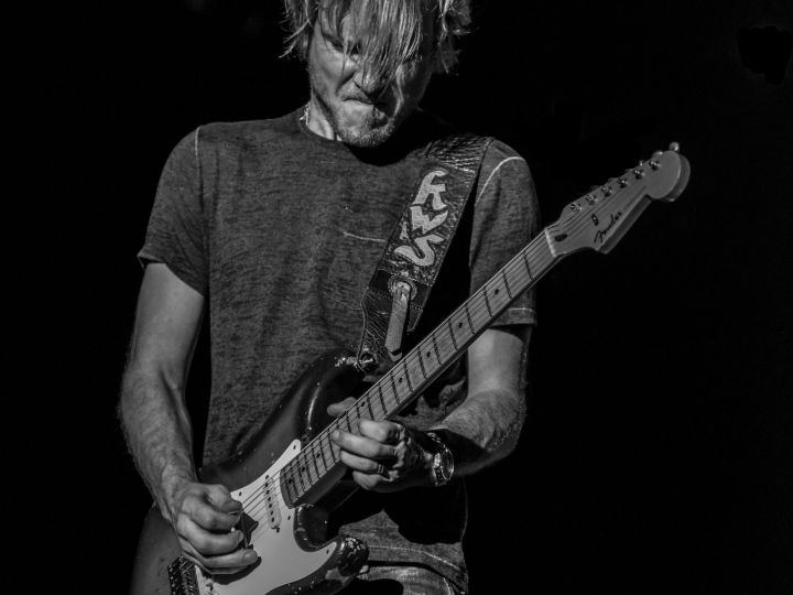 FRIDAY, SEPTEMBER 1  Kenny Wayne Shepherd Band on the main stage.