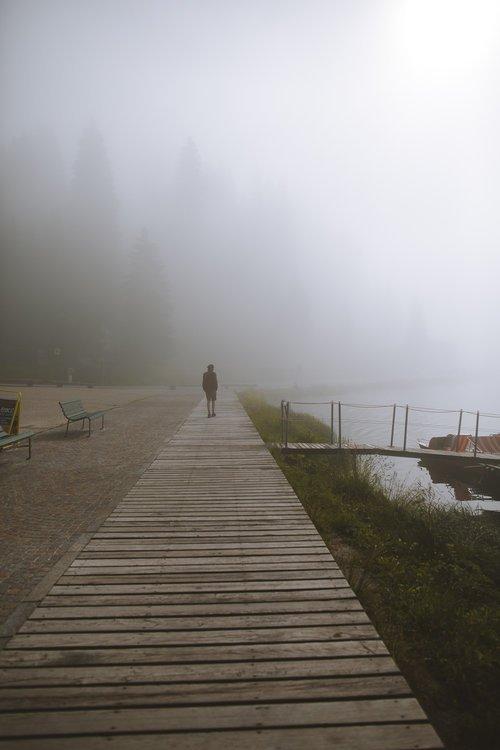 seb marche autour du lac