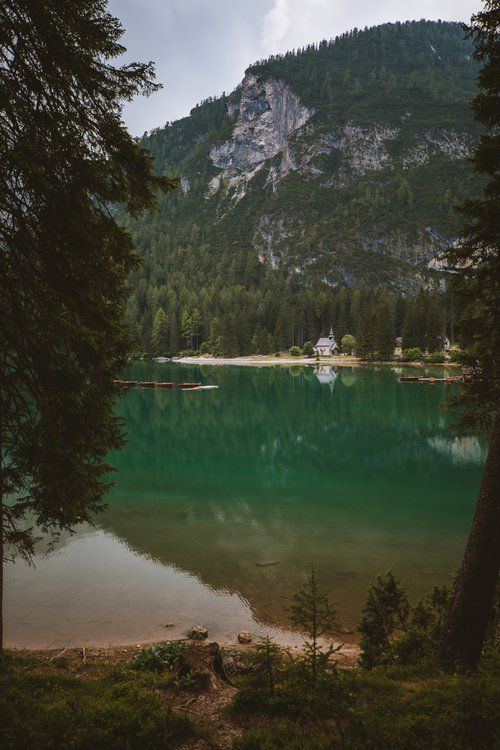 eglise lac magnifique