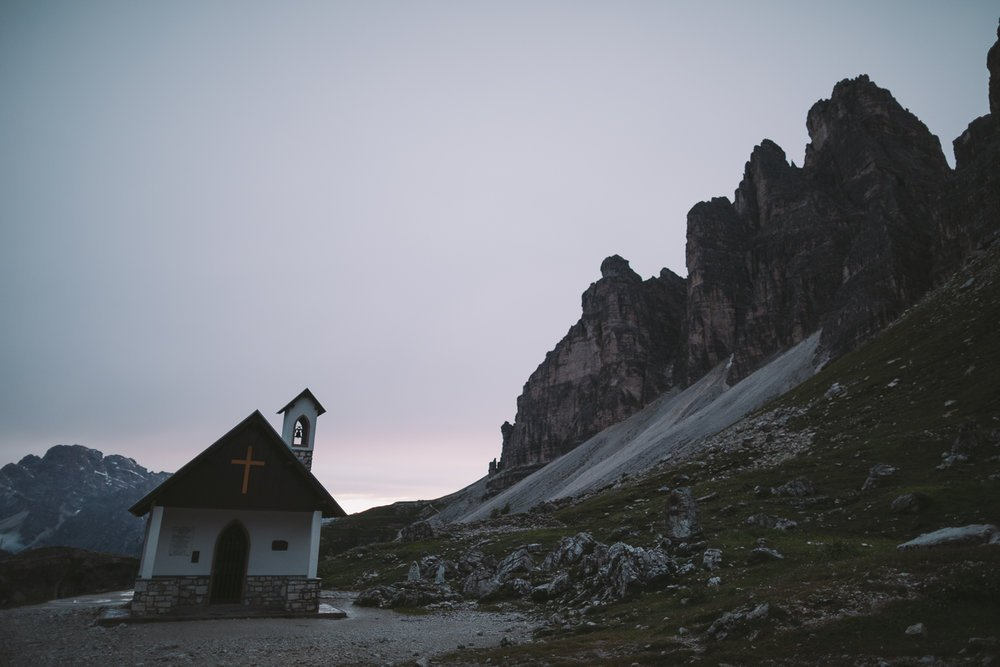 chapelle coucher de soleil