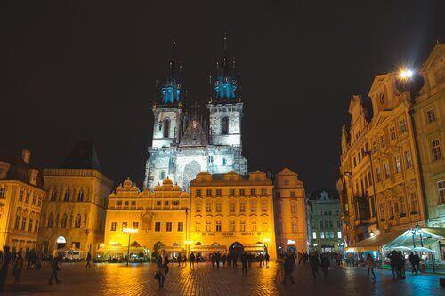 Notre Dame de Týn la nuit