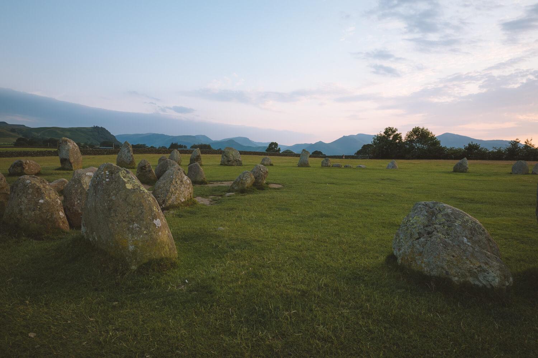 blue hour cercle de pierres keswick
