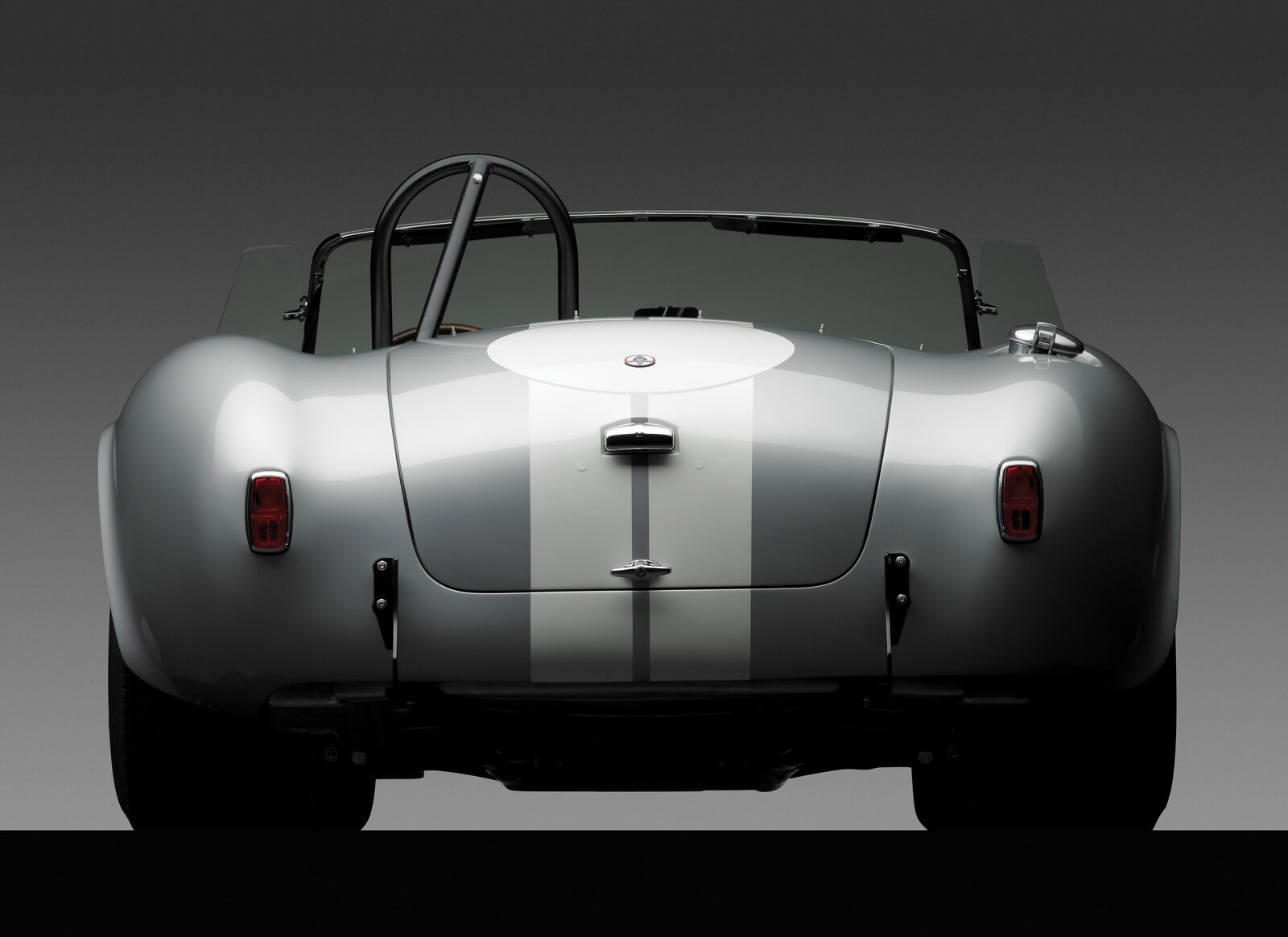 shelby-cobra-427-is-up-for-sale_100638128_h.jpg