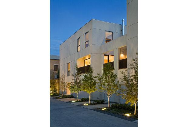 Abbott Place Townhomes  Design by: E G Hamilton, FAIA  Architect of Record: DSGN Associates (2006)
