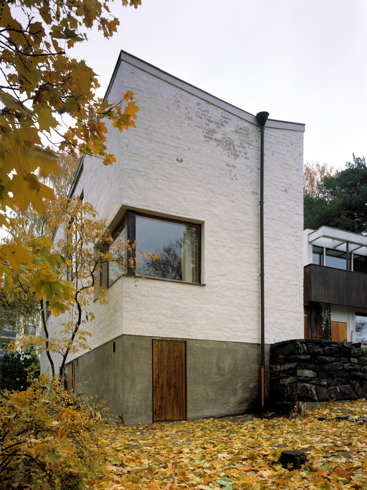 In front the studio wing, The Aalto House (1936)  Photo by: Maija Holma