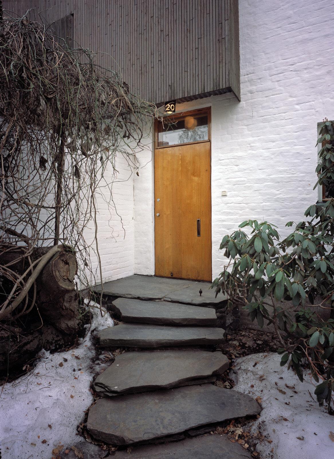 Main entrance, The Aalto House (1936)  Photo by: Maija Holma