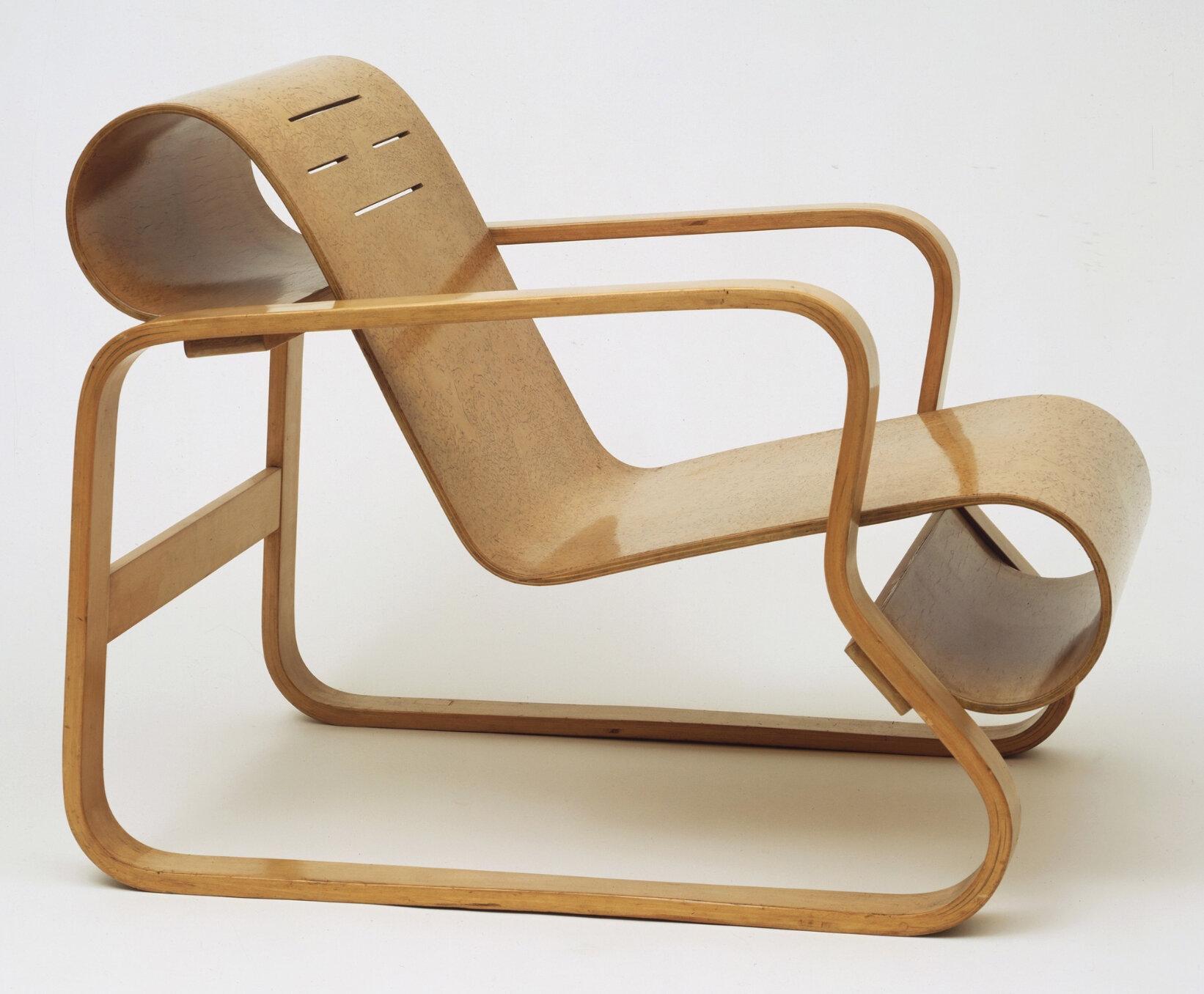 Paimio Chair (1931-32)