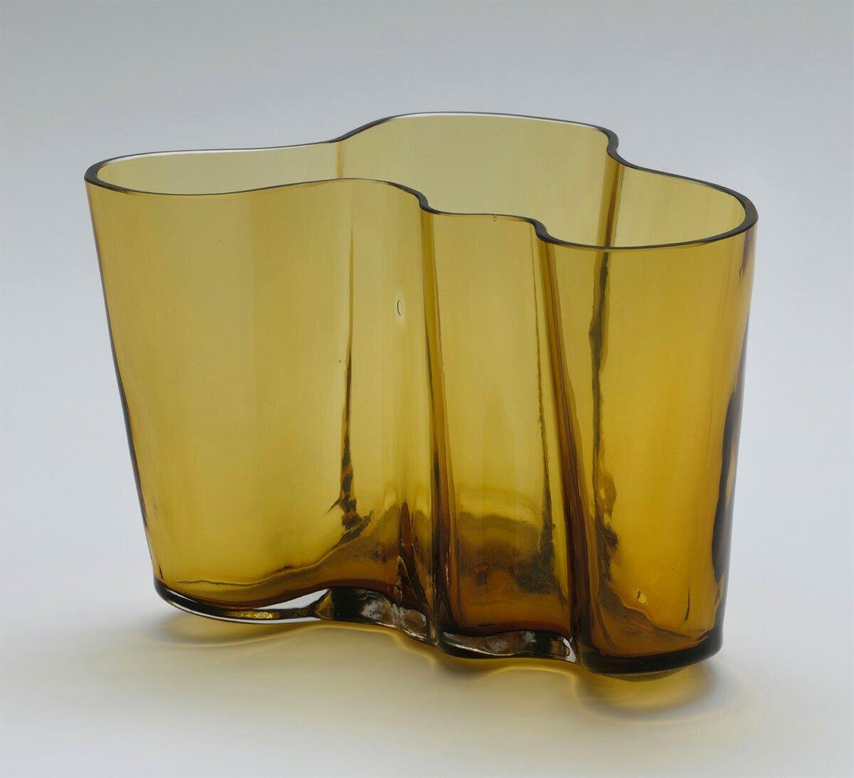 Savoy Vase (1963-1937)