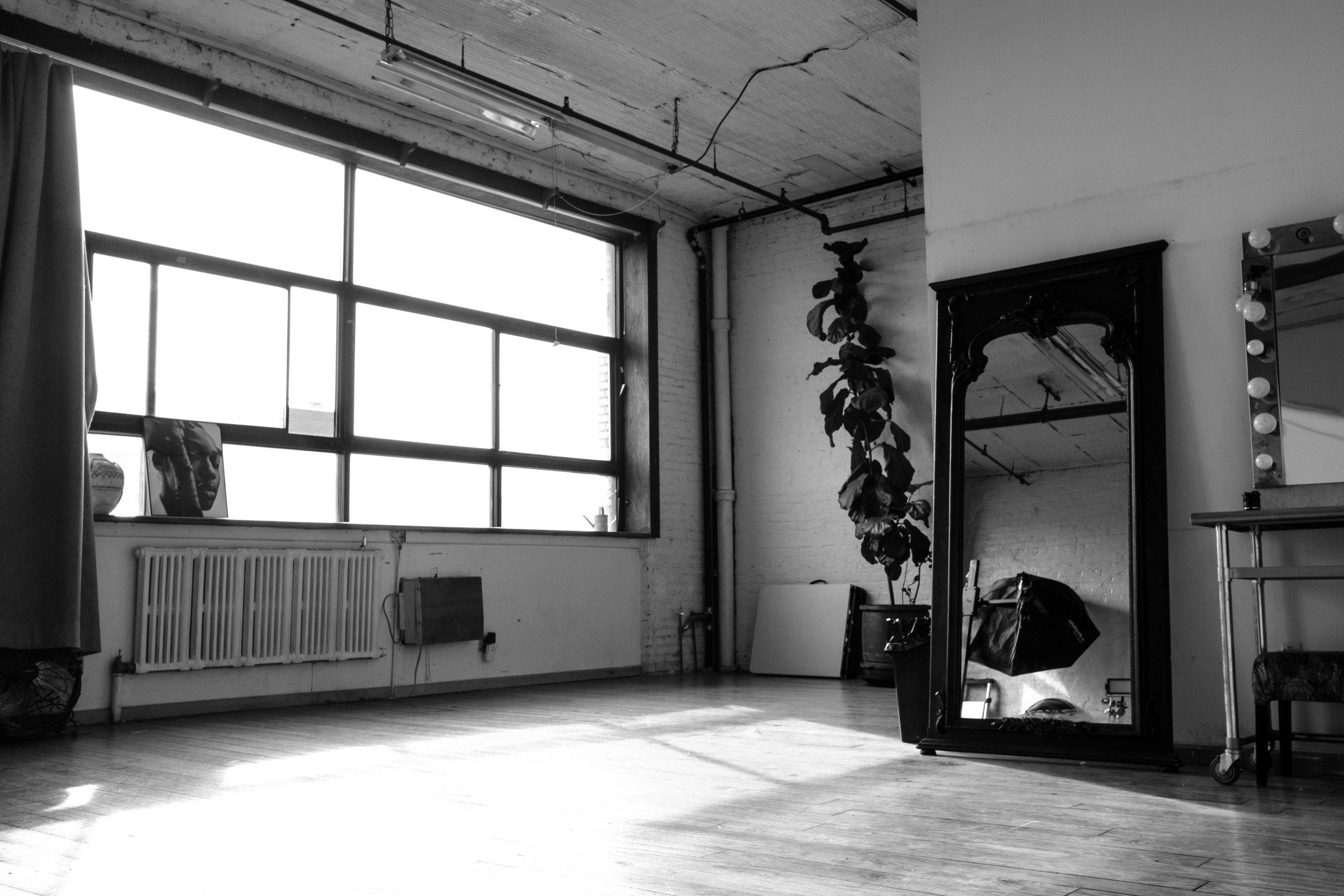 The_Nine_Studios_Daylight_BW-7.jpg