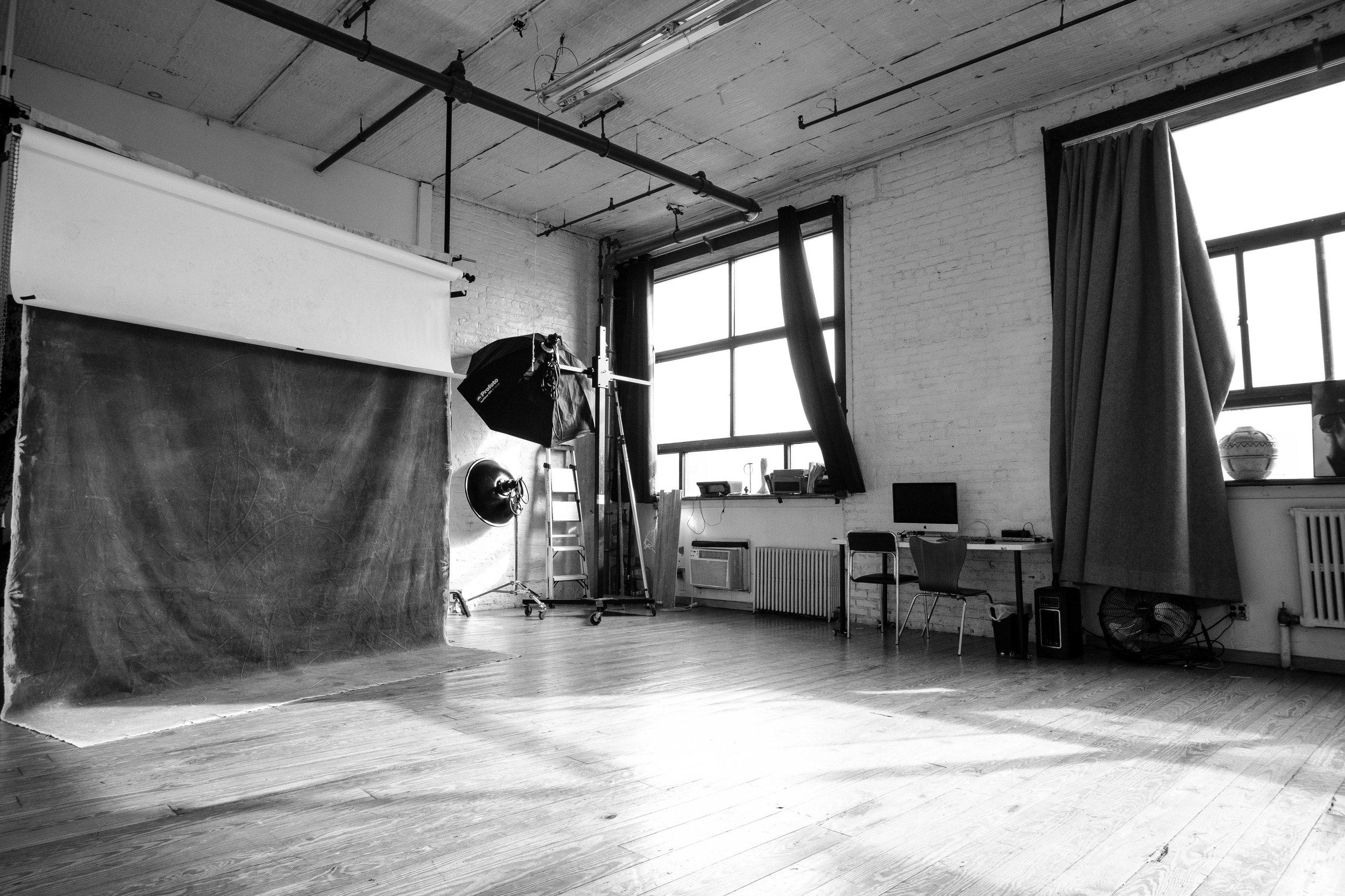The_Nine_Studios_Daylight_BW-12.jpg