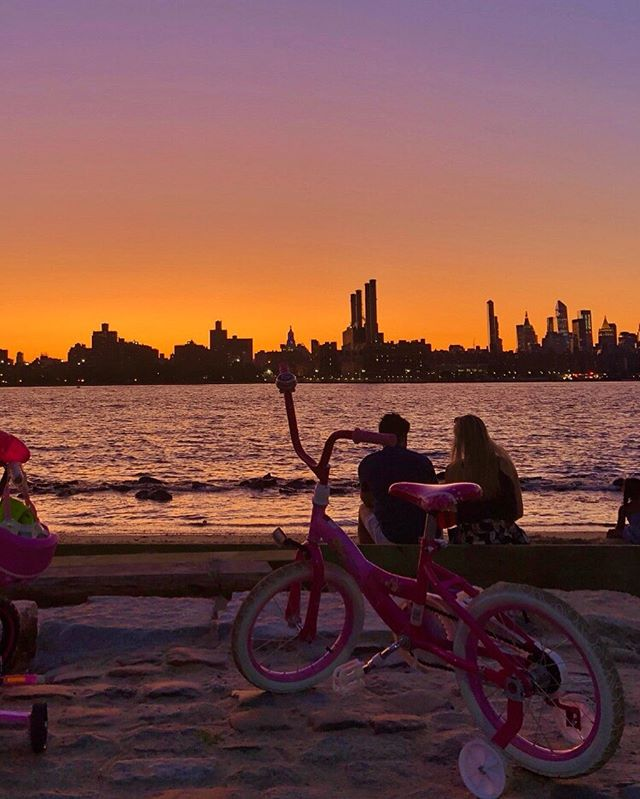 I want to ride my bicycle I want to ride it where I like 🚴♀️ 🌈 #sunset #beach
