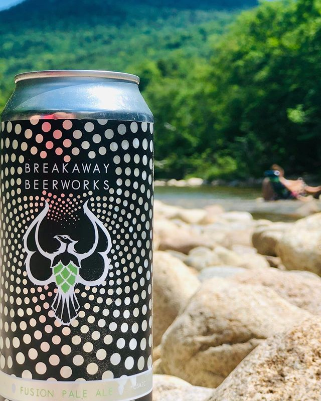 The hottest days of summer call for cool bodies of water and a nice cold Fusion Pale Ale. . . . . . #breakaway #everyoneneedsabreakaway #nhbeer #nhbrewed #craftnh #fusionpaleale # hophead