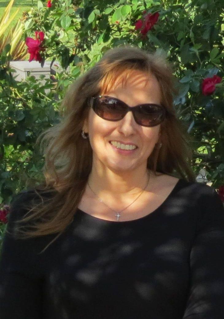 Carolyn Burkhart, Connections