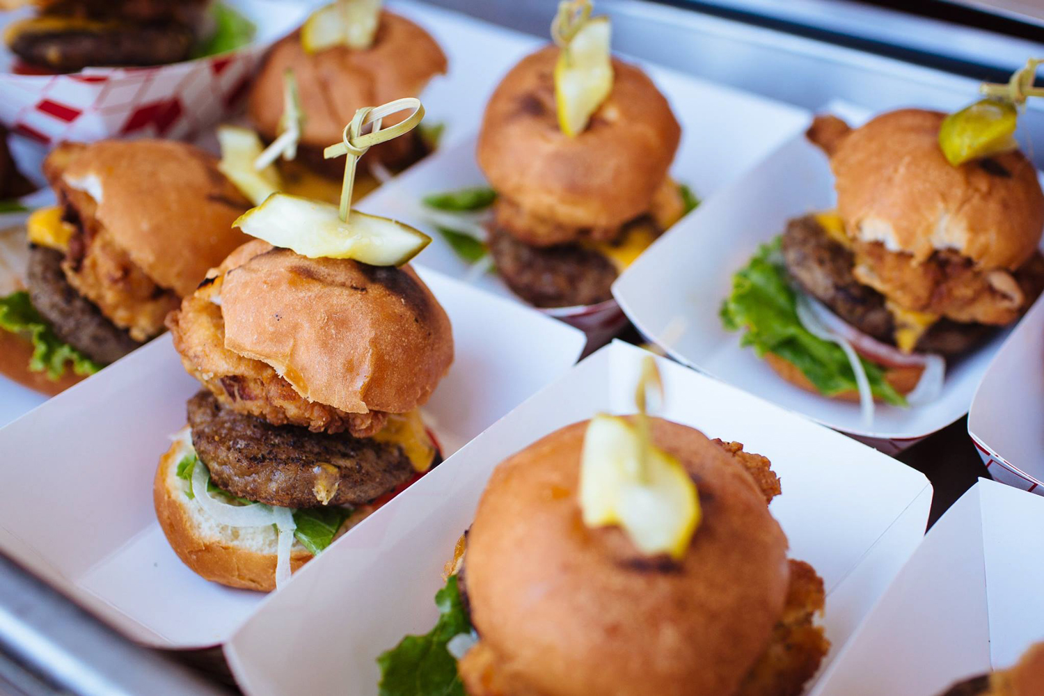 Burgers-and-Beer-Best-Of-Photos-for-Web-(5-of-25).jpg
