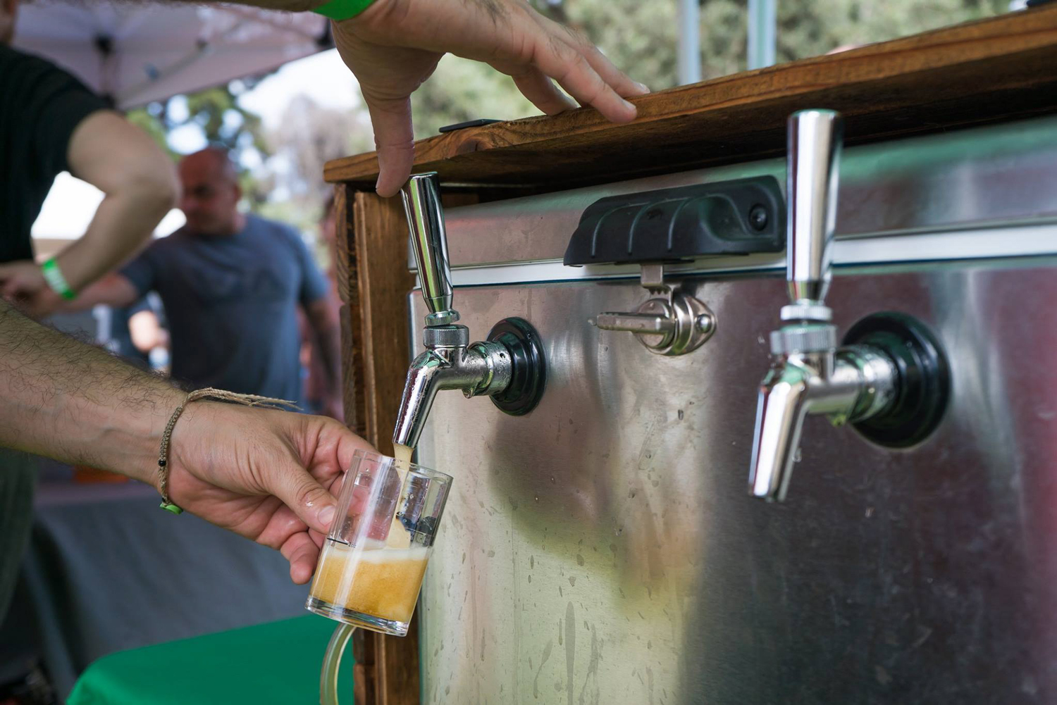 Burgers-and-Beer-Best-Of-Photos-for-Web-(10-of-25).jpg