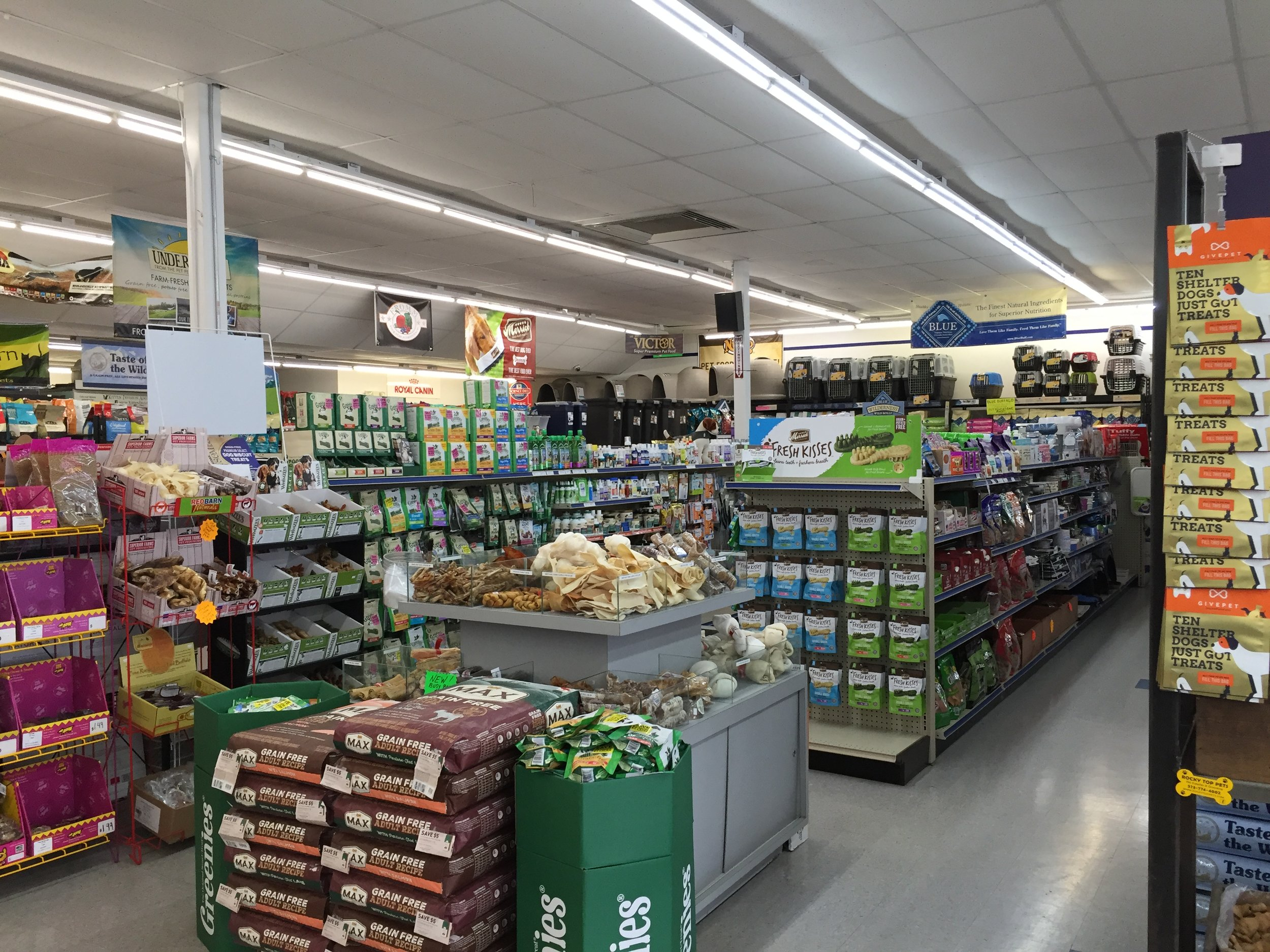 Your #1 Local Pet Superstore - Our huge store offers the area's largest selection of pet food and supplies, professional grooming services, kitten adoptions, small animals, fish and much more. Our services come with the promise of quality, care, and dedication.