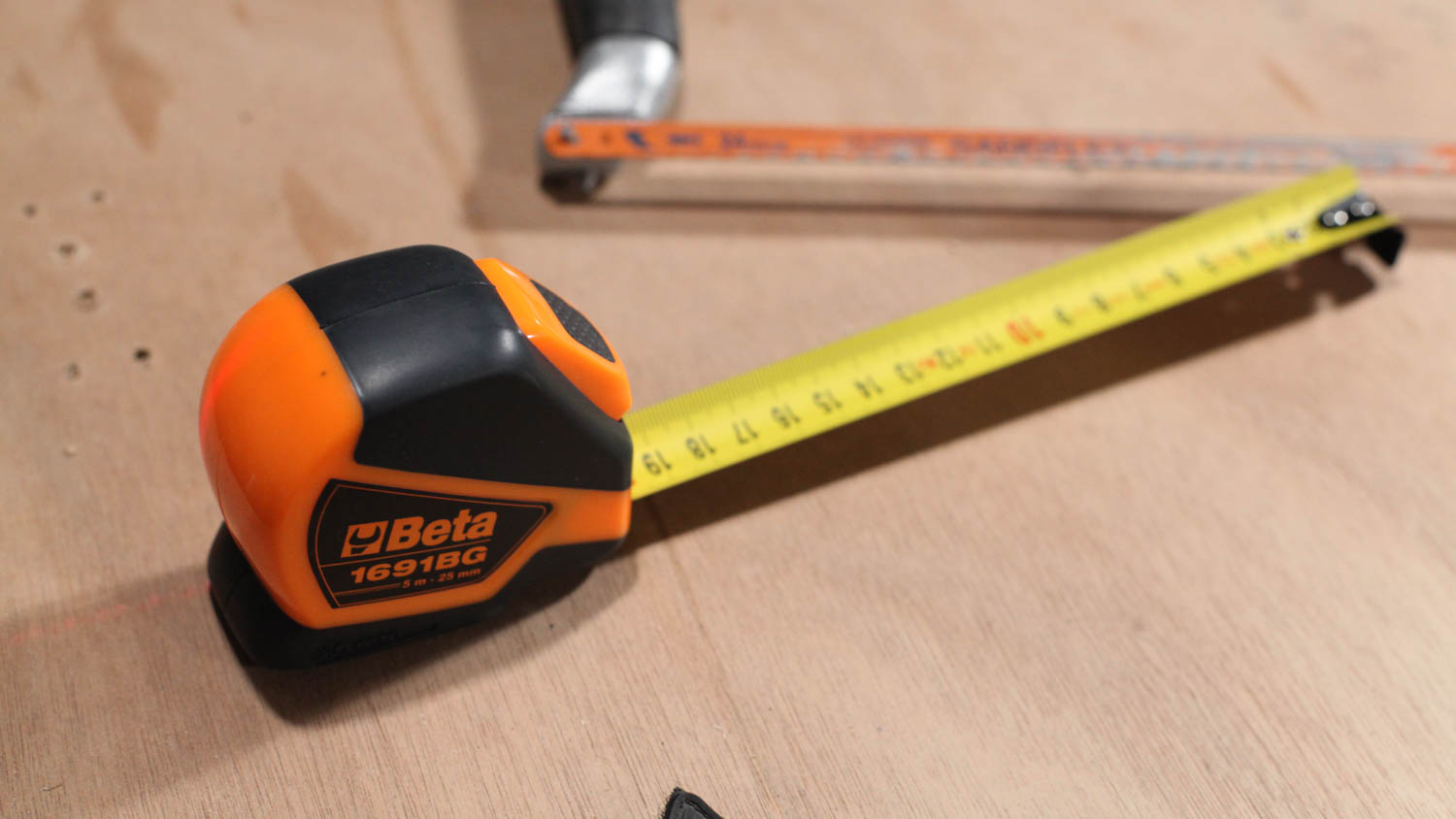 Metric tape measure - Measuring in centimeters and millimeters makes everything simpler.