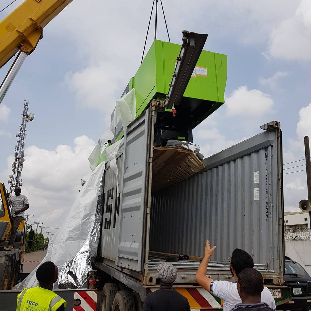 Arrival of Tranos' injection molding machine   Twitter