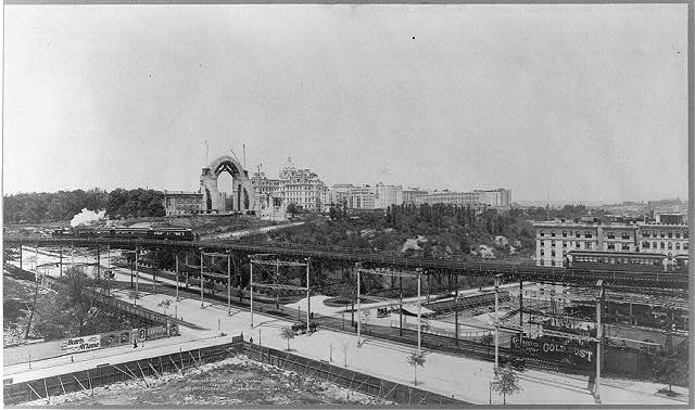 John the Divine in 1902 with 110th and Morningside Park in the foreground (Credit: Dolkart 51, and Library of Congress)