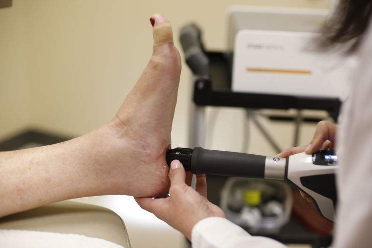 epat shockwave treatment for foot and heel pain
