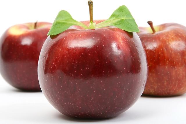Appetite_Apple_Calories_Diet_Fiber_Food_Fruit_Healthy_Nutrition_Natural_1239055_S_.jpg