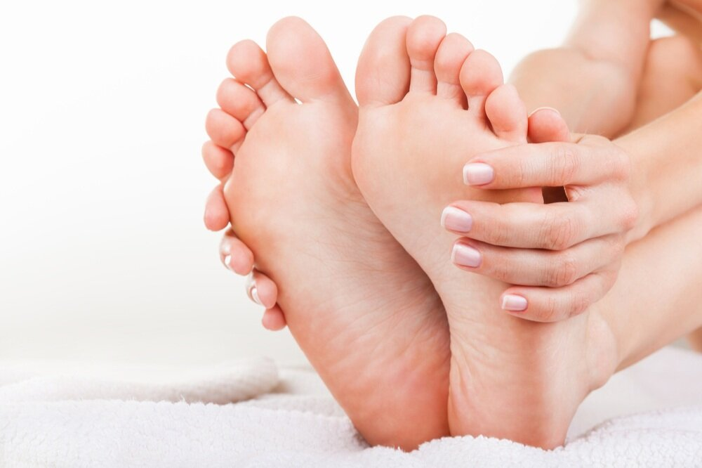 podiatrist in hartford and rocky hill, ct removes plantar warts