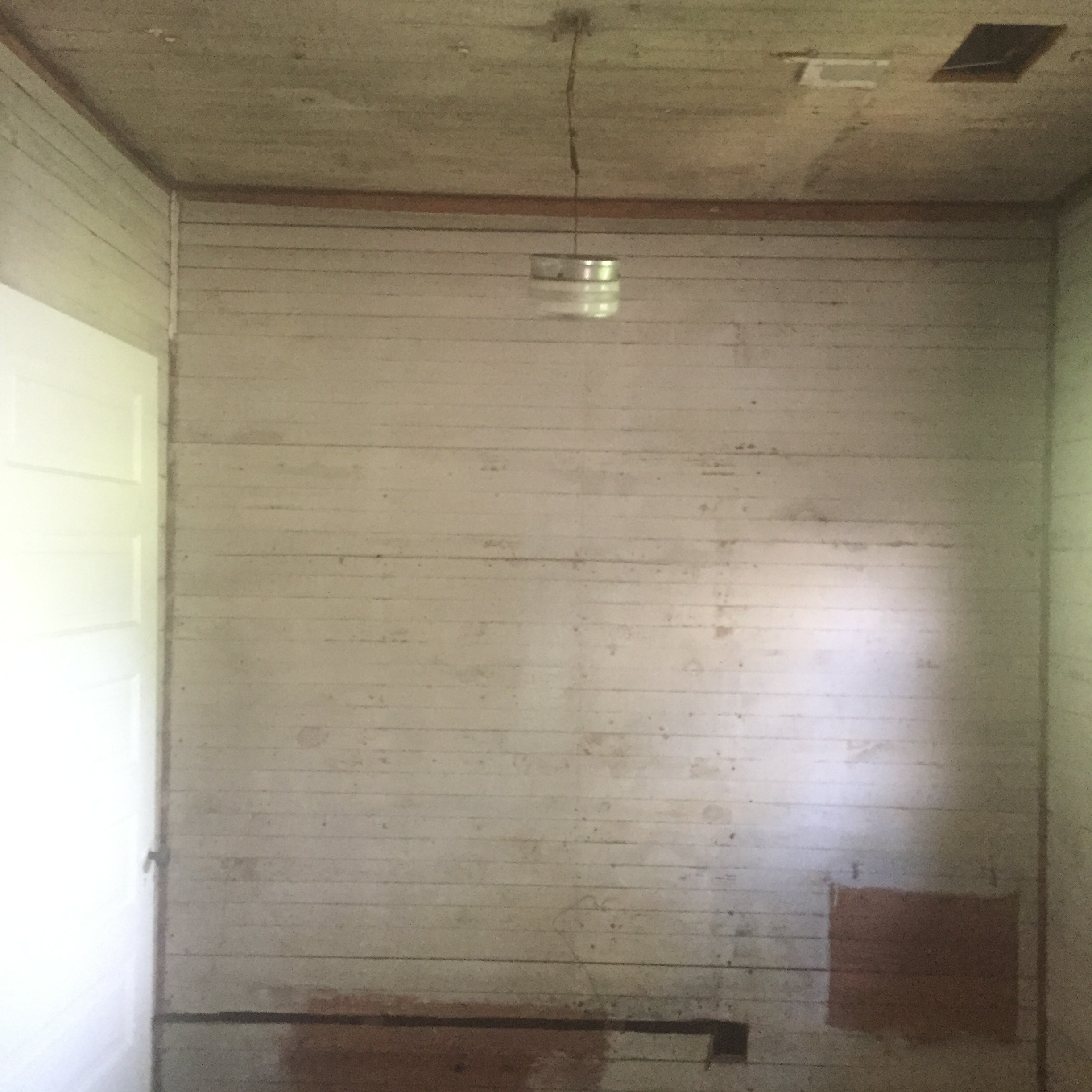 Shealy Pantry Middle Bath Wall BEFORe.jpg