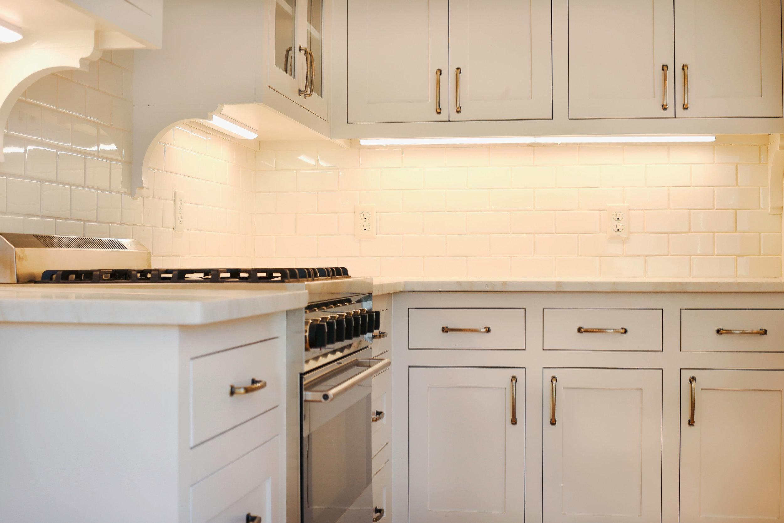 Shealy kitchen backsplash CL.JPG