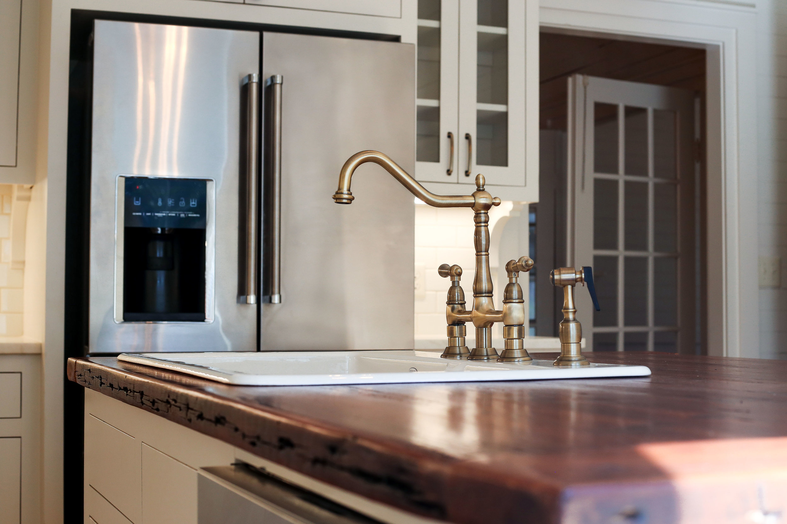 shealy kitchen faucet CL.JPG