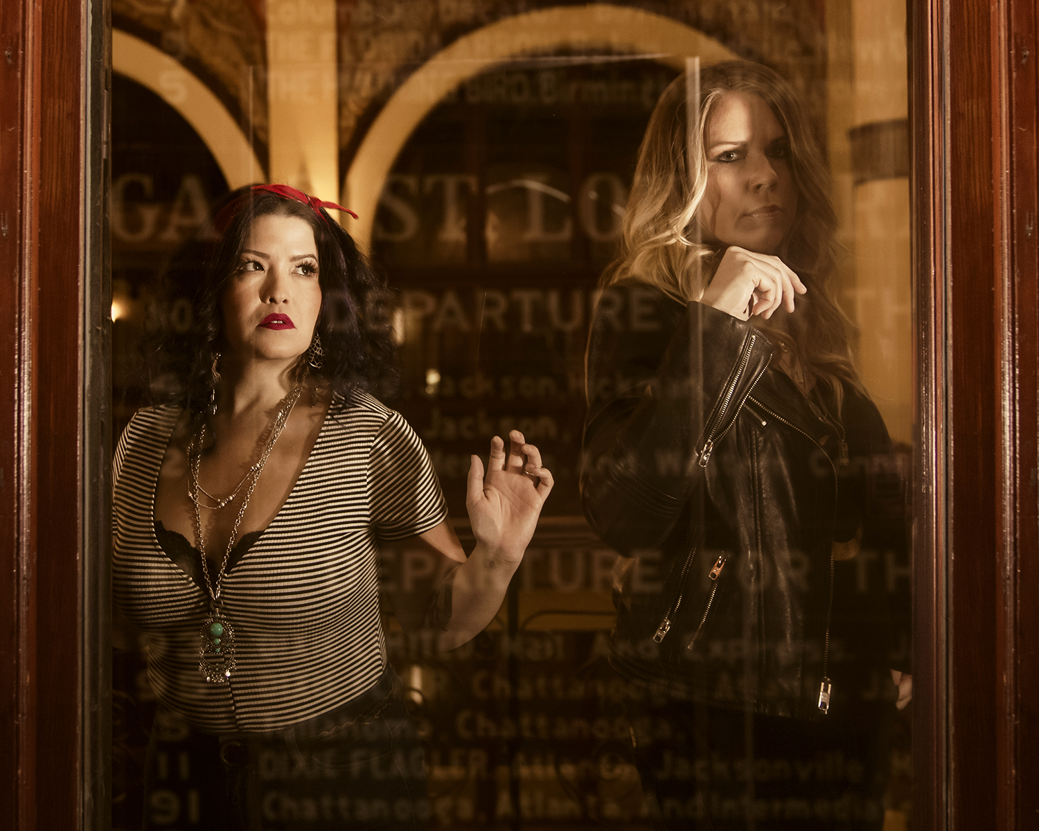"""Granville Automatic's Love, Death, and The Barber's Wife - Elizabeth and Vanessa share the stories and perspectives of their latest record Radio Hymns. Enjoy a little ear candy of a piece of our conversation about love, death and """"The Barber's Wife""""."""