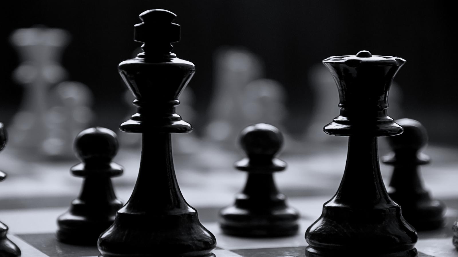 chess-black-and-white-wallpaper-3.jpg