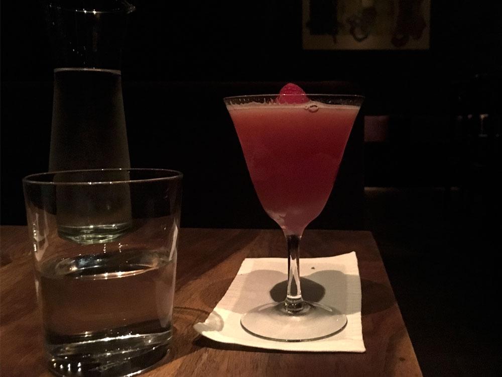 becketts-kopf_cocktail bar berlin aufmacher.jpg