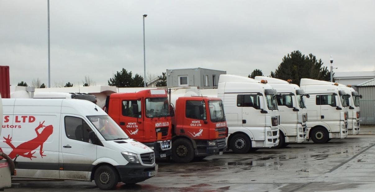 NewtsOilsLtd_FuelTankers-vehicles