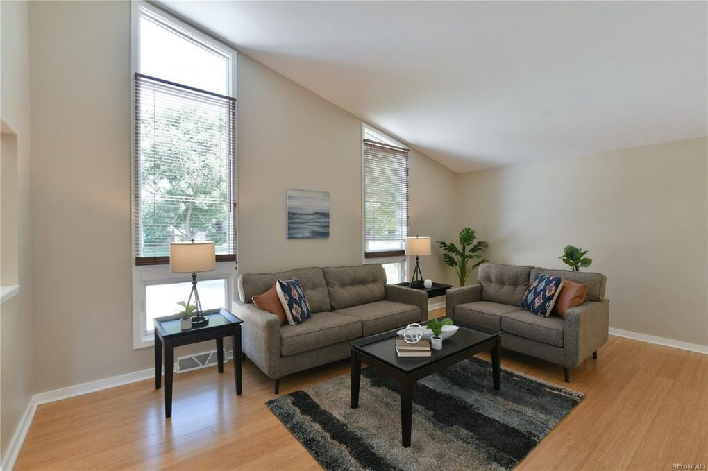 Narcissus Way | Living Room