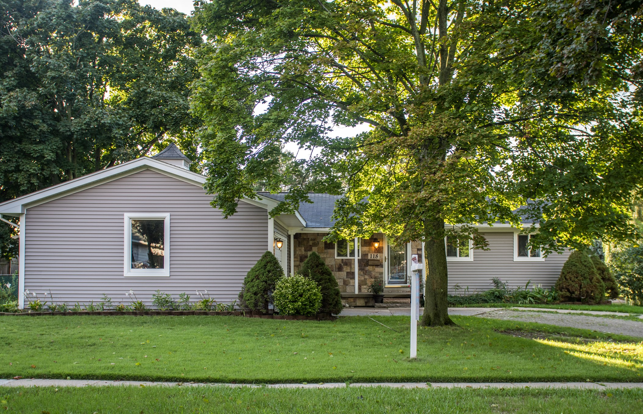 Browning- Howell - $190,000   DOM 14 / Sold for $1,000 over asking price / 23 Showings