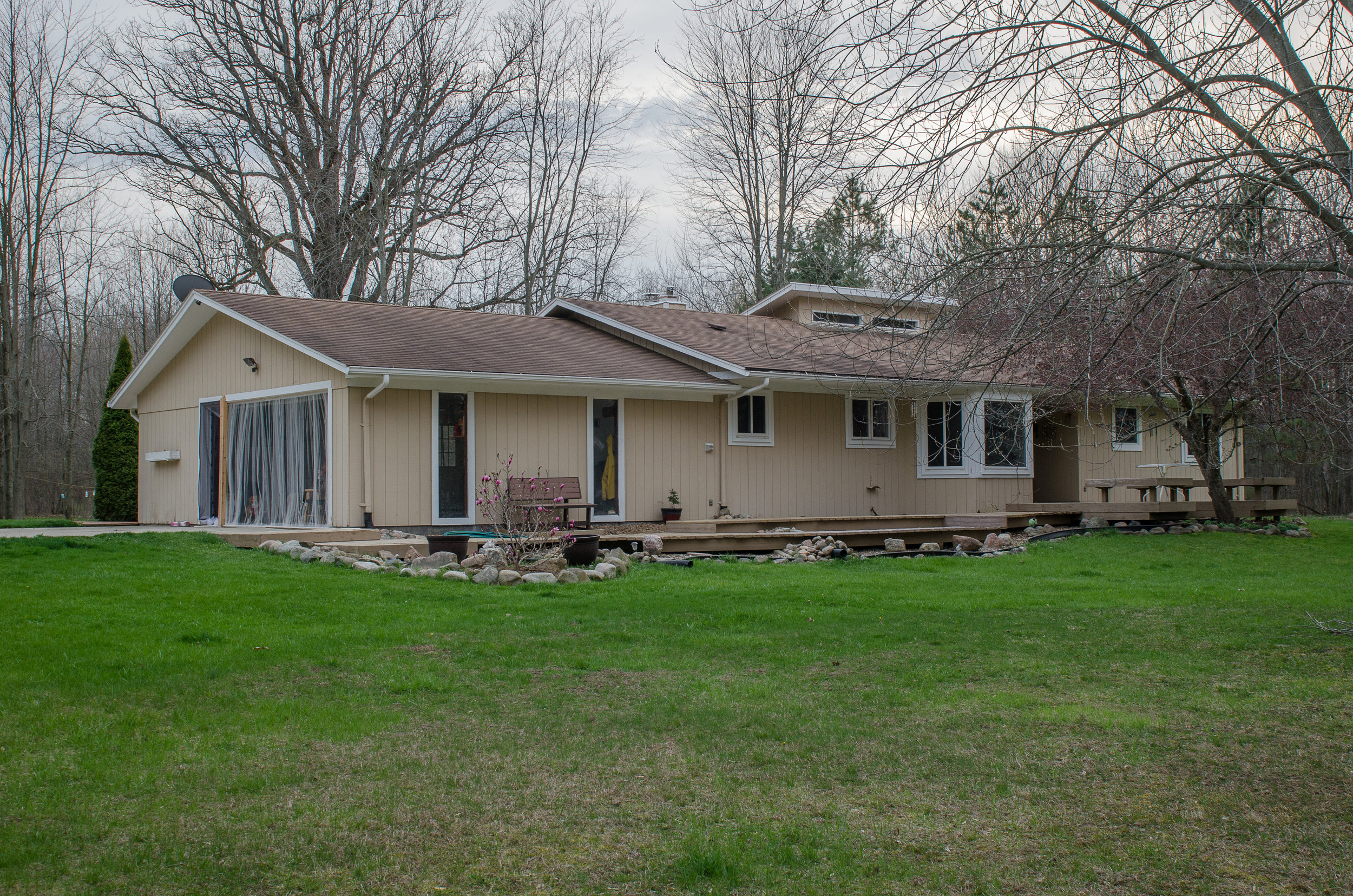 Cinnamon Ridge- Howell - $245,000   DOM 1 / Sold for $15,000 over asking price / 2 Showings