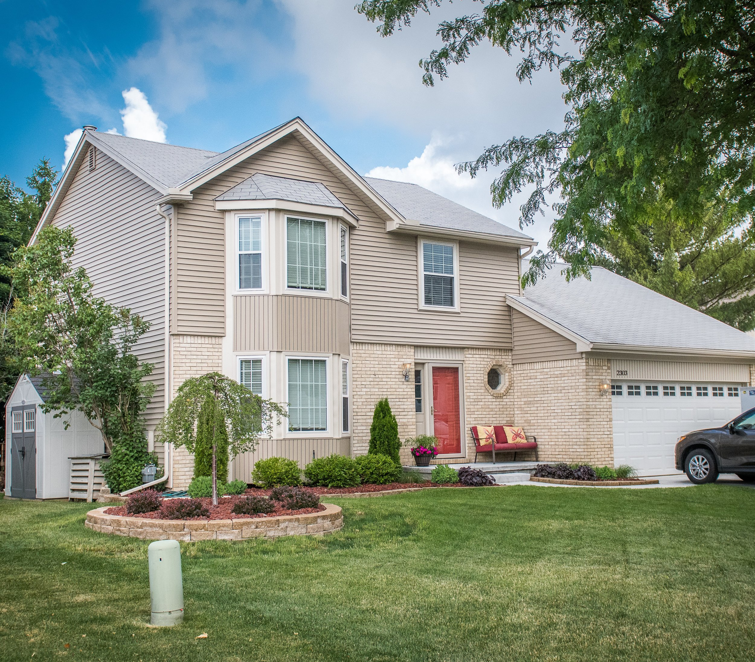 Pawnee- Wixom - $255,900   DOM 6 / Sold for $6900 over asking price / 10 Showings
