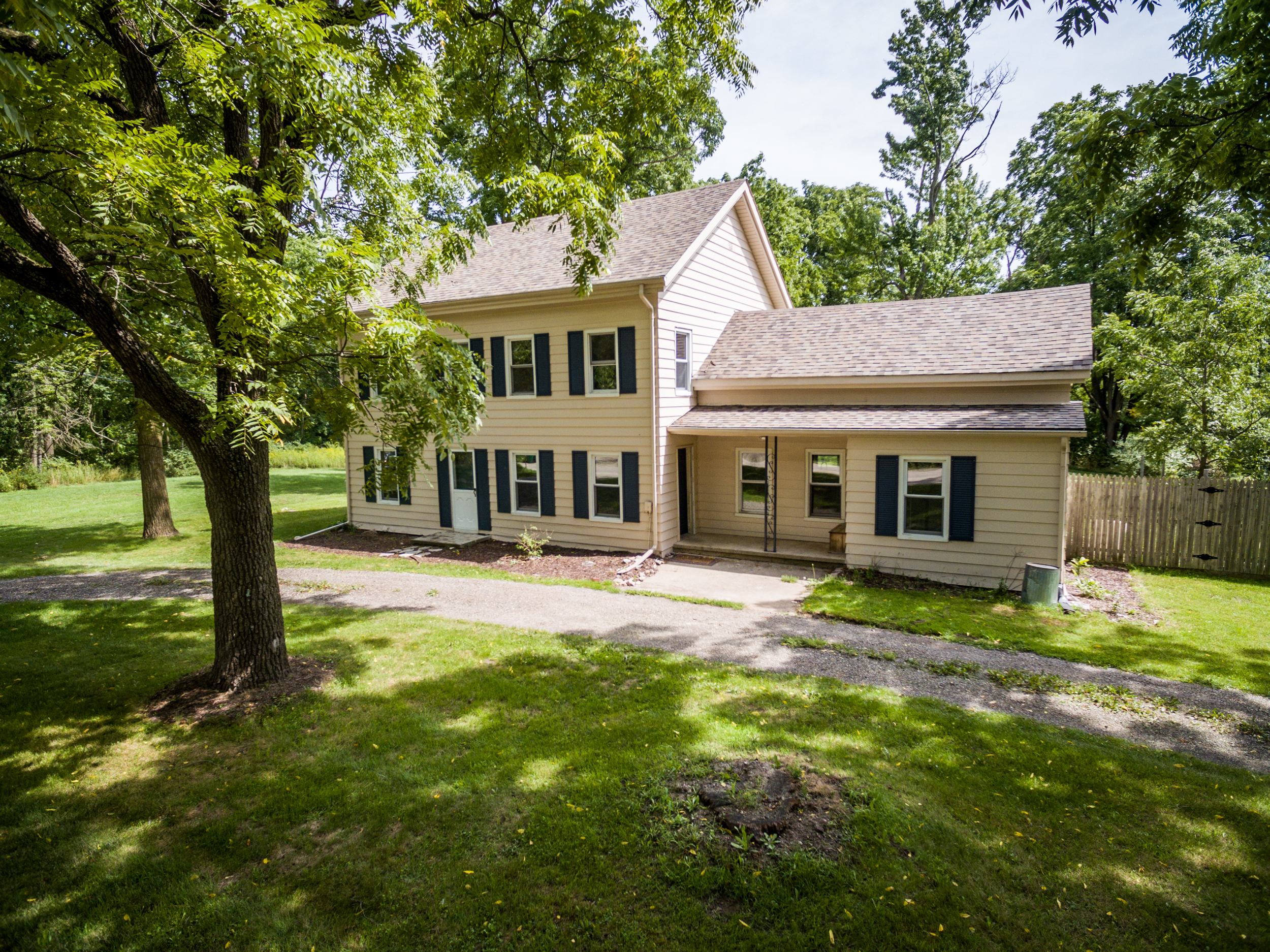 Hughes- Howell - $173,000   DOM 41 / Sold for 100% of asking price / 48 Showings